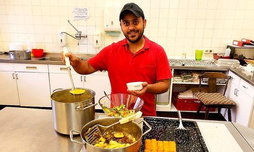 """Abdulla Nihad lebt im """"Bärenwirt""""-Heim in Weitensfeld und kocht dort auch fürs Catering arabisch-europäisch"""