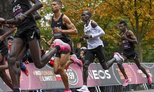 Im Wiener Prater: Eliud Kipchoge hat die Marathon-Schallmauer durchbrochen
