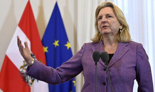 Karin Kneissl war von 2017 bis 2019 Außenministerin