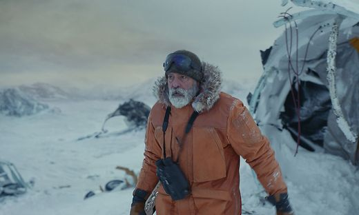 """George Clooney in """"The Midnight Sky"""""""