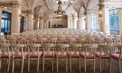 Der Konzertsaal im Südbahnhotel