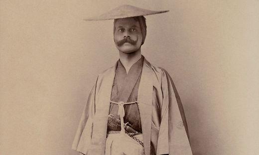 Heinrich Freiherr von Siebold in japanischer Tracht (1897)