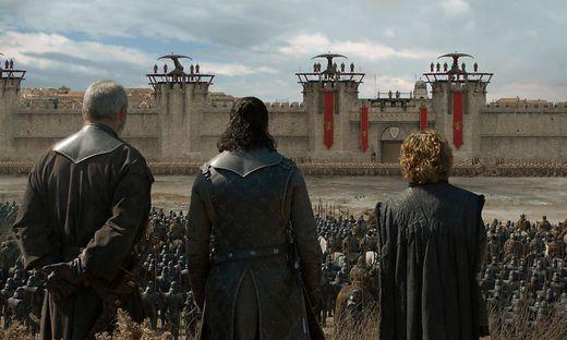 Da stehen sie nun vor den Toren von Königsmund