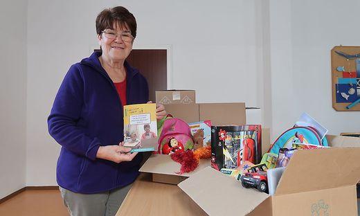 Felicitas Haring sammelt wieder Packerl für Kinder