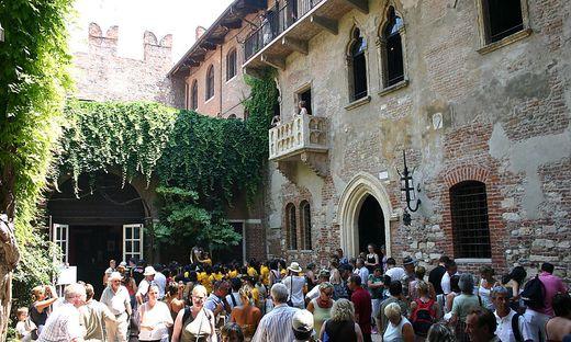 Verona Der Balkon Von Romeo Und Julia Wird Renoviert
