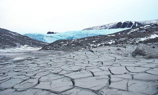 Schon 2013 warnten Experten der Zentralanstalt für Meteorologie und Geodynamik, dass die Gletscher Grönlands in diesem Jahr besonders viel Masse verlieren würden