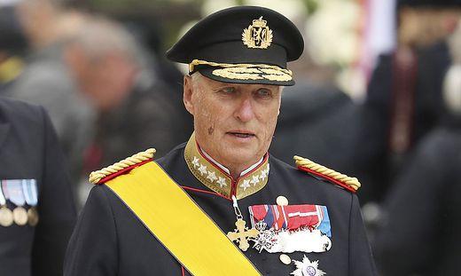 König Harald V. darf nach seiner Operation wieder nach Hause