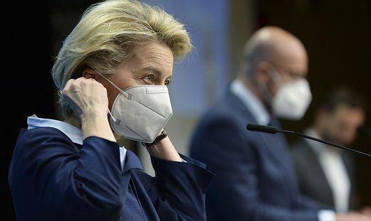 Kommissionspräsidentin Ursula von der Leyen, EU-Ratspräsident Charles Michel