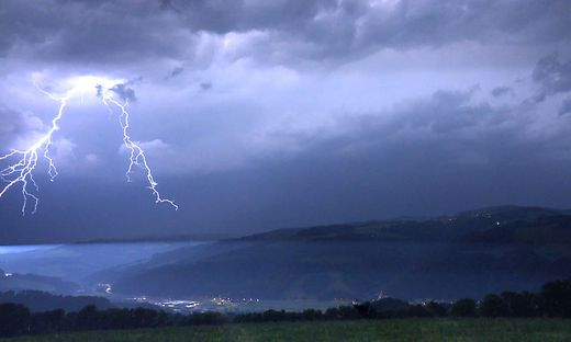 Blitze im Wechselgebiet (Archivbild)