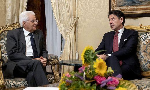 Mattarella und Conte