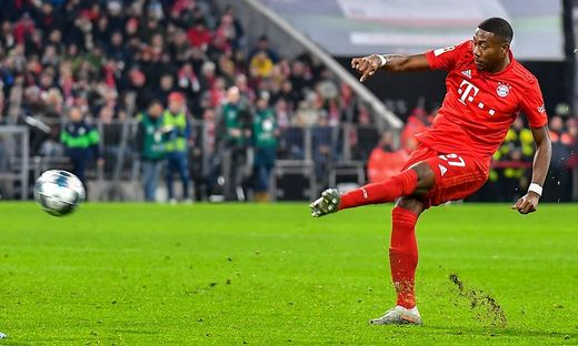 SOCCER - 1.DFL, Bayern vs Wolfsburg