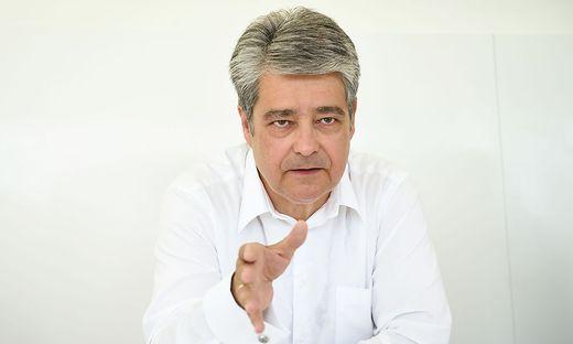 Wolfgang Hesoun, Chef von Siemens Österreich