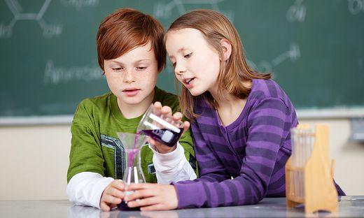 Experimentieren hilft beim Lernen: Erkenntnisse aus der Entwicklungspsychologie werden zum Vorbild für die Unterrichtsgestaltung