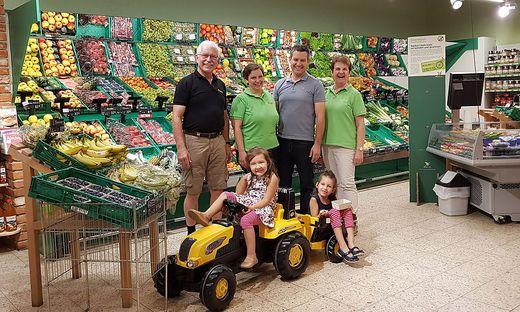 Christoph und Birigt Rodler mit ihrer Familie