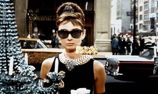 "Audrey Hepburn 1961 im Film ""Frühstück bei Tiffany"""