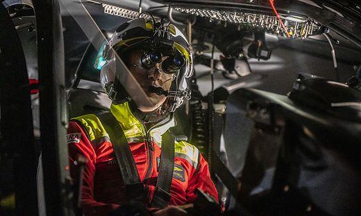 Pilot Kröll bei einem seiner vielen Übungsflüge