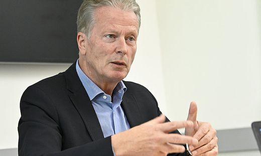 INTERVIEW: REINHOLD MITTERLEHNER