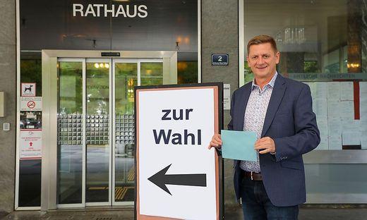 Gemeinderatswahl 2020, Bezirk Leoben, Waehlen, Wahl, Gemeinde, Wahllokal; Kurt Wallner, SPOe, Buergermeister von Leoben