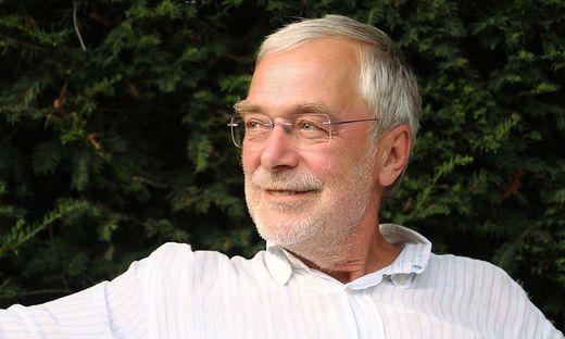 """""""Intelligenz entwickelt das Kind ganz von alleine"""", sagt Hirnforscher Gerald Hüther"""
