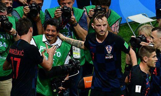 Die kroatischen Fußballer jubelten mit Yuri Cortez