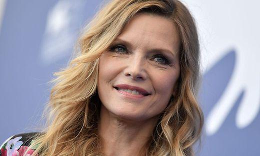 Michelle Pfeiffer verkörpert Betty Ford