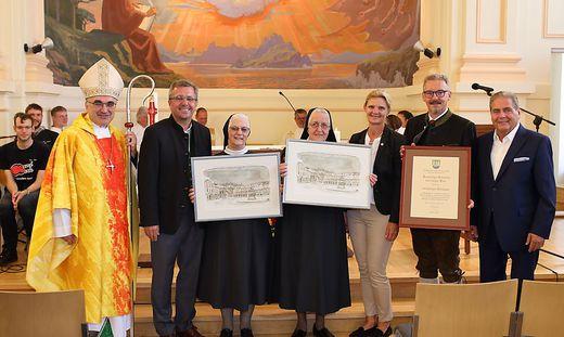 Bischof Krautwaschl, Bgm. Koch, ´Sr. Simone und Sr. Ehrentraud, Kaltenegger, Hall, Rosenberger