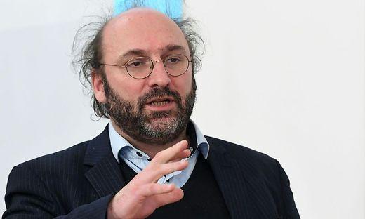 """Simulationsforscher Nikolas Popper: """"Man kann sich impfen lassen oder erkranken – eine dritte Variante gibt es nicht."""""""