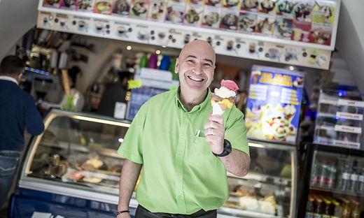 Nicola Goriup in seinem Eissalon Tutti Frutti