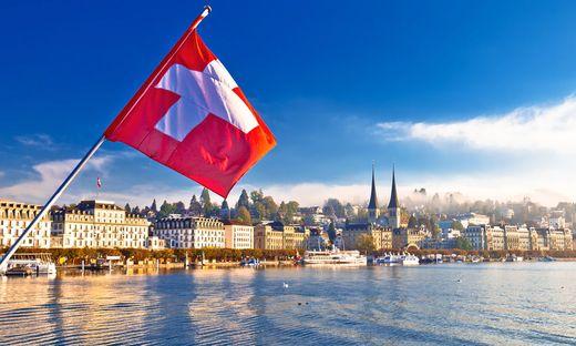 Die Schweiz ist bald - zumindest laut der EU - keine Steueroase mehr
