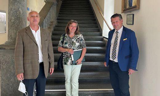 Heinrich Petric, Heidrun Spörk-Mattuschka und Bürgermeister Christian Scheider nach dem Bürgergespräch.