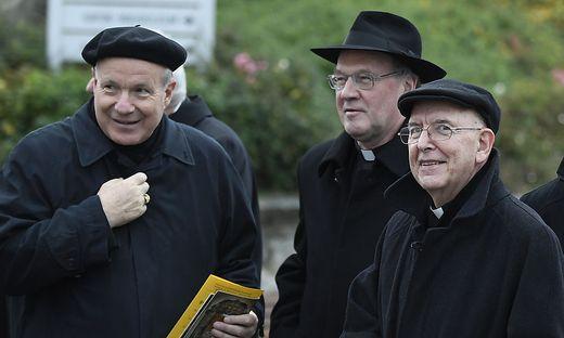 Schönborn, Schwarz und Küng (von links) 2016 bei der Bischofskonferenz