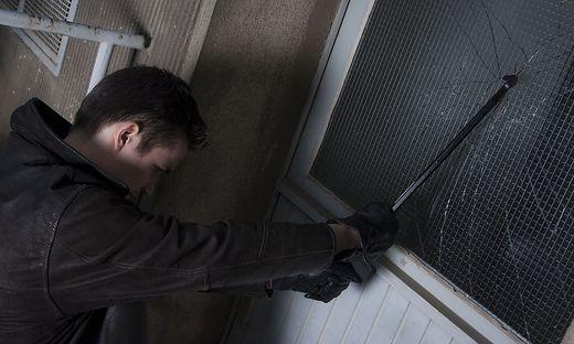 Am Schirmitzbühel wurde in mehrere Gebäude eingebrochen (Symbolfoto)
