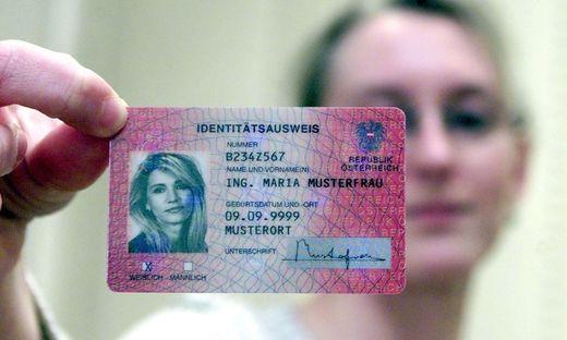 Achtung: Immer häufiger Identitätsdiebstahl mit Ausweiskopien