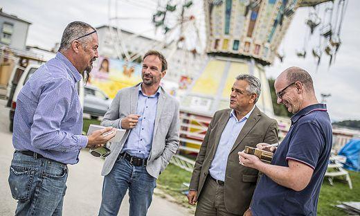 Wetternig, Egger, Mock und Steinmetz (von links) beim Gespräch auf dem St. Veiter Wiesenmarktgelände