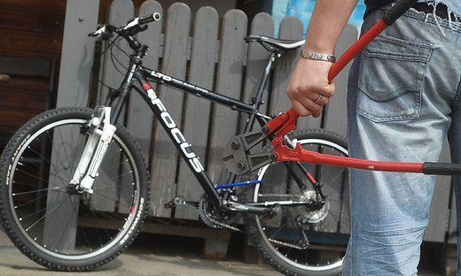 Unbekannte Diebe hatten es auf Fahrräder abgesehen (Symbolfoto)