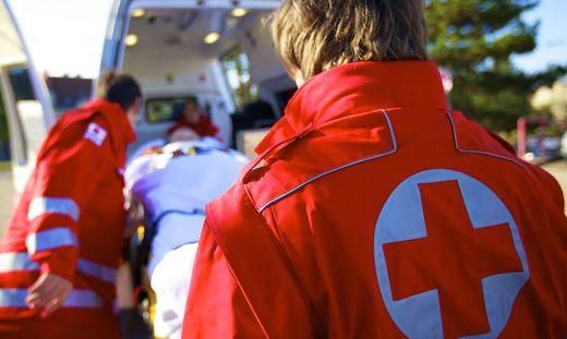 Zivildiender Rotes Kreuz, rot kruez helfer