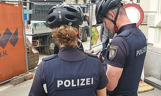 Die Fahrradpolizei hat schon erste Strafzettel ausgestellt
