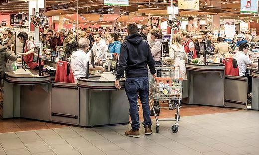 Wirtschaftsforscher warnen vor steigenden Lebensmittelpreisen. Der Handel widerspricht