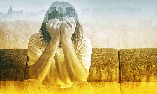 Auf traumatische Ereignisse zu reagieren ist normal. Bleiben Symptome aber über lange Zeit aufrecht, sollte man einen Experten kontaktieren.