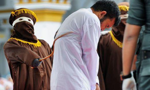 Strafgesetz verschärft: Brunei führt Todesstrafe für Homosexuelle durch Steinigung ein