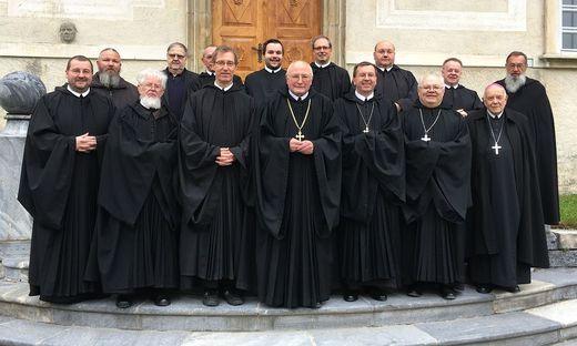 Abt Benedikt Plank mit seinen Mitbrüdern des Benediktinerstiftes St. Lambrecht