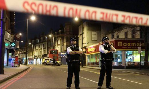 London: Polizei erschießt mit Messer bewaffneten Mann - Terrorverdacht