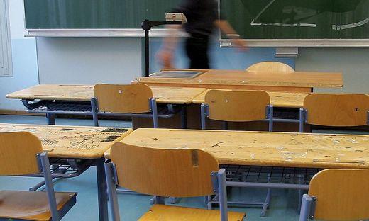 Donnerstag gehen die Ermittlungen in der Schule  weiter