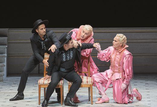 Belmonte und Pedrillo doppelt: Christin Natter (Schauspieler) und Daniel Behle mit Michael Laurenz (Sänger) und Ludwig Blochberger