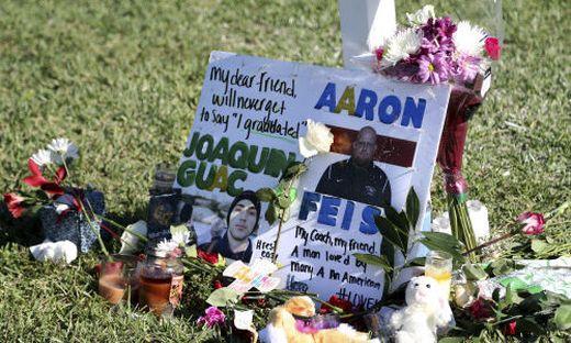 Ex-Schüler läuft Amok: 17 Tote an US-Schule