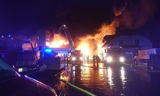 Das Feuer war kilometerweit zu sehen