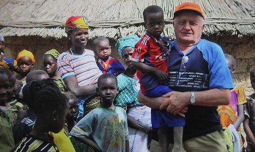 In Burkina Faso wird Franz Grandits bei seinen Besuchen immer herzlich empfangen