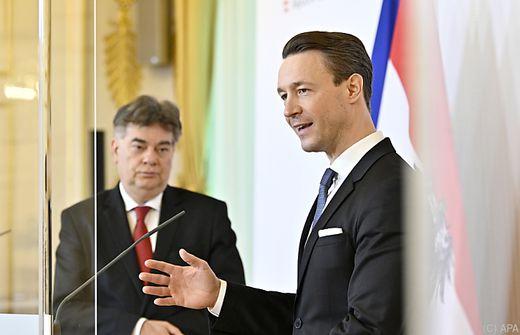 Werner Kogler (links) und Gernot Blümel