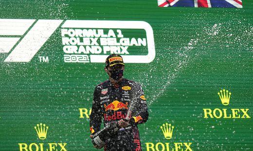 Max Verstappen wurde nach zwei Runden zum Sieger erklärt