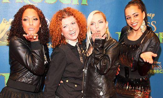 Jessica Wahls, Lucy Diakowska, Sandy Moelling und Nadja Benaissa (No Angels), bei der Deutschlandpremiere Kuess den Frosc
